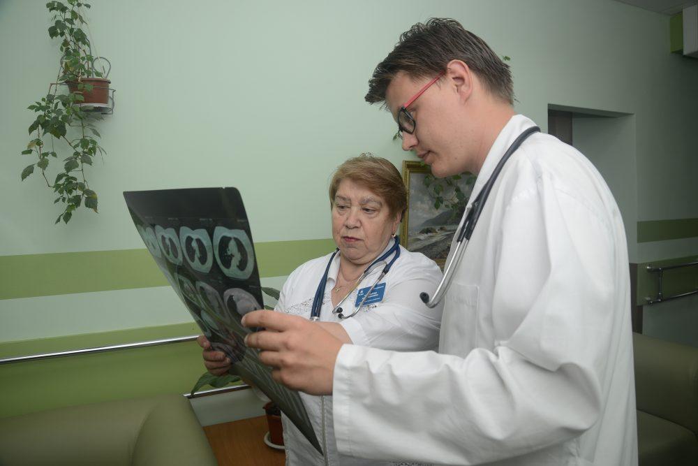 Неврологическое отделение. Симптомы, при которых необходима госпитализация в неврологическое отделение